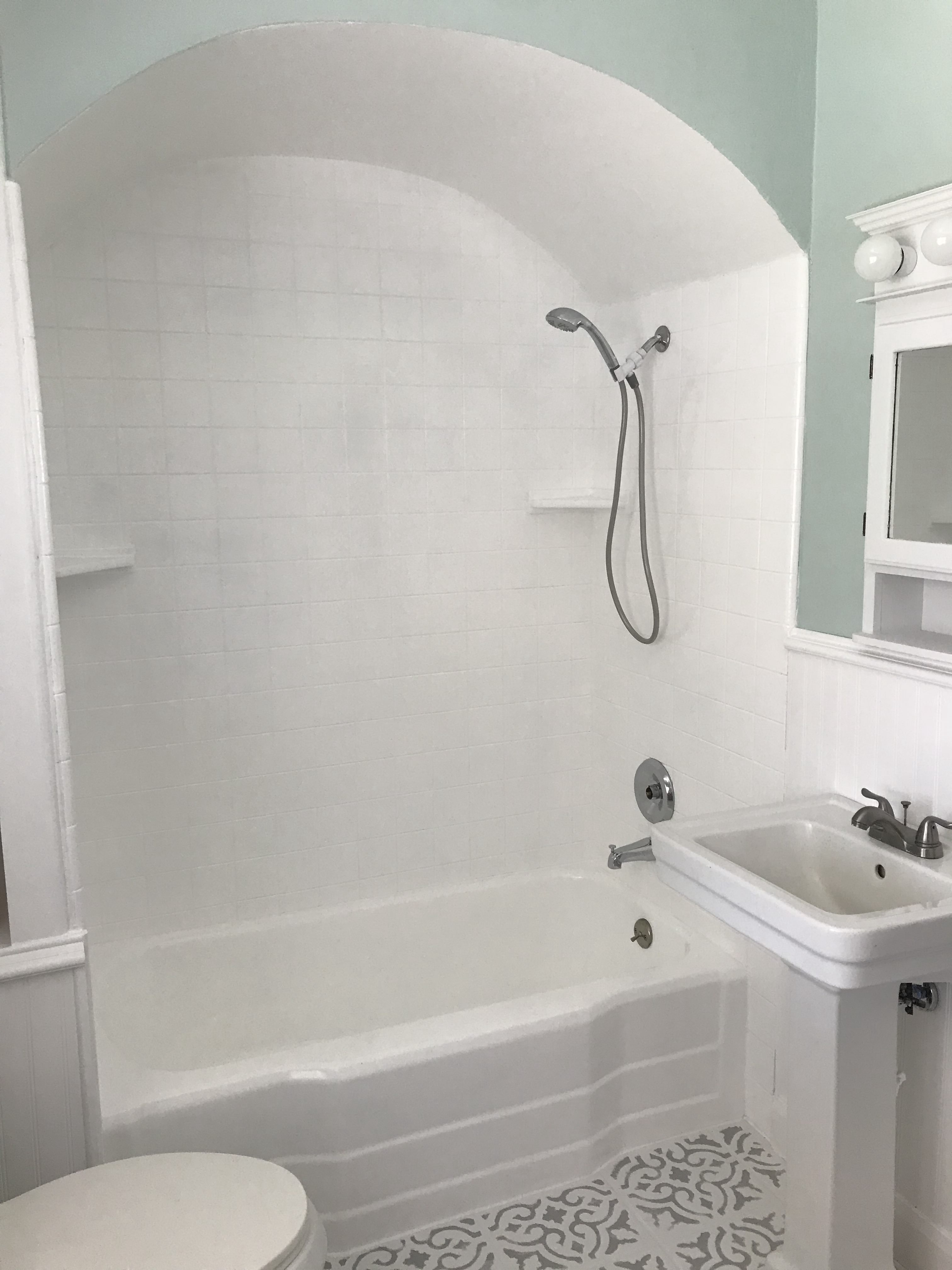Shower paint, how to paint a shower, shower update, shower makeover
